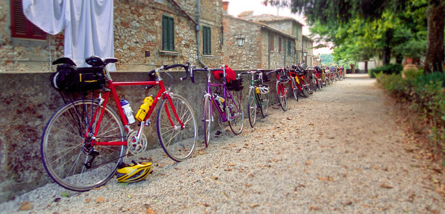 Wj.4022.tuscanycycling_900x433_1