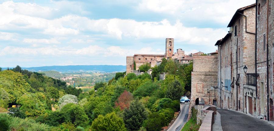 Wj.4022.tuscanyhiking_900x433_16