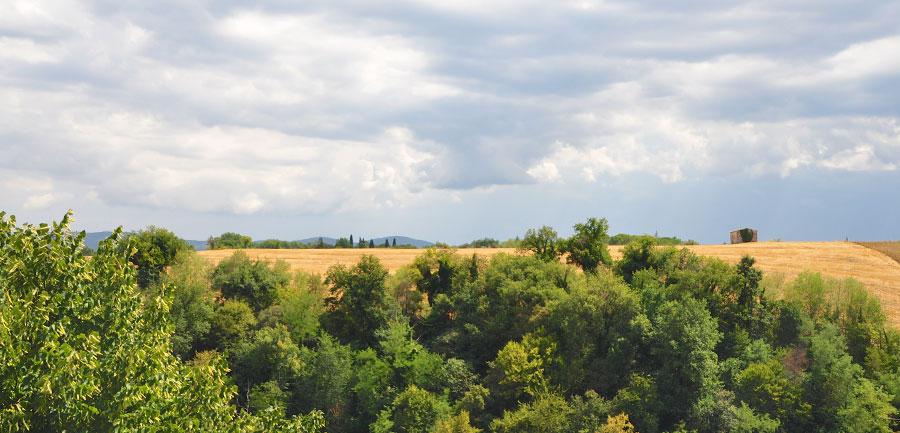 Wj.4022.tuscanyhiking_900x433_17