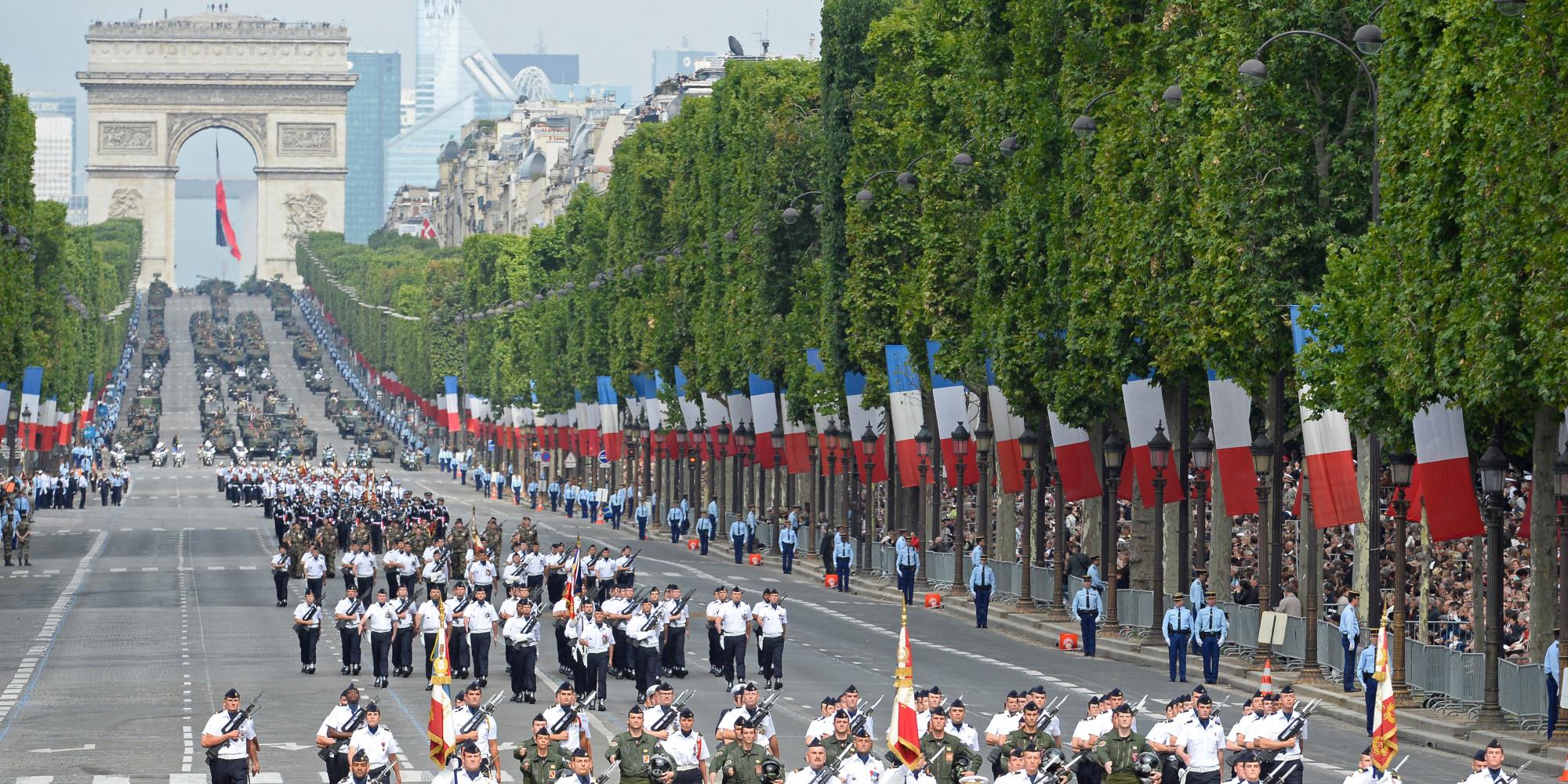 défilé-militaire