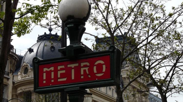 flener,metro,tourguide,walking,surprises,tourism