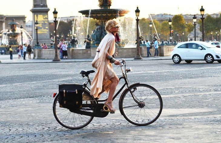 sustainable tourism, green tourism, walk in paris, biking in paris, tourism, environment