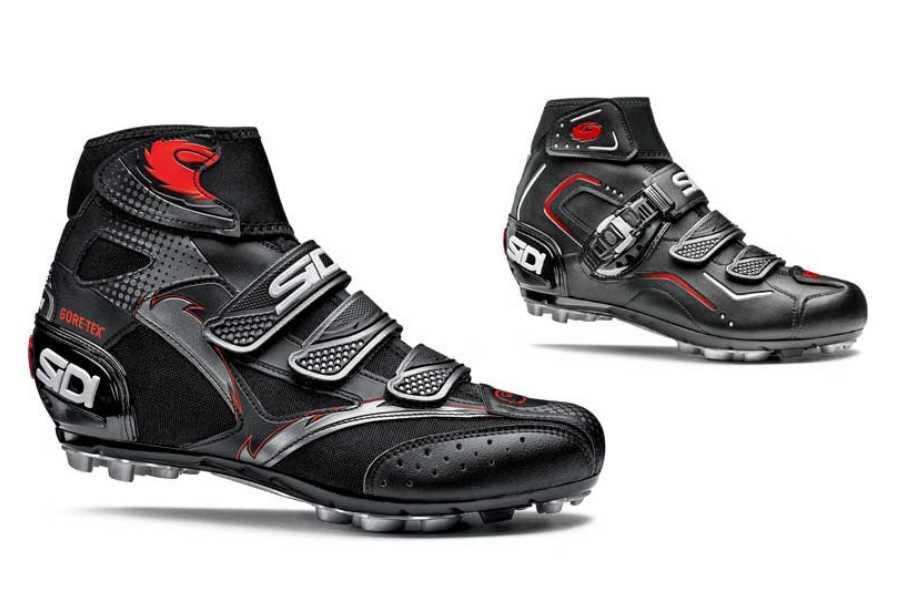 Hoge mtb schoenen | Echt warme voeten door hoge kraag fietschoenen op natte, winterse dagen