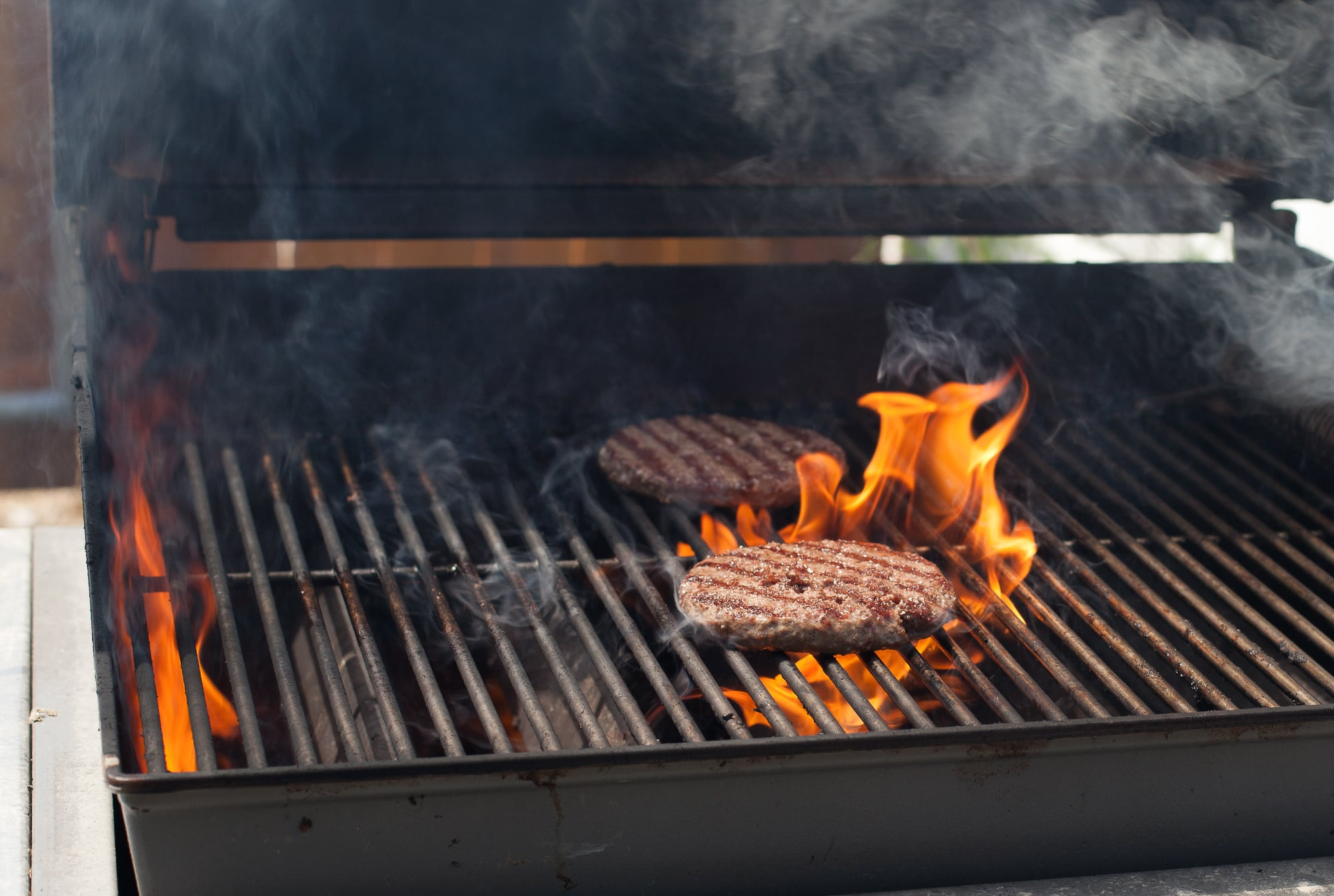 How To Put Out A Grease Fire On A Grill Wildwood Grilling