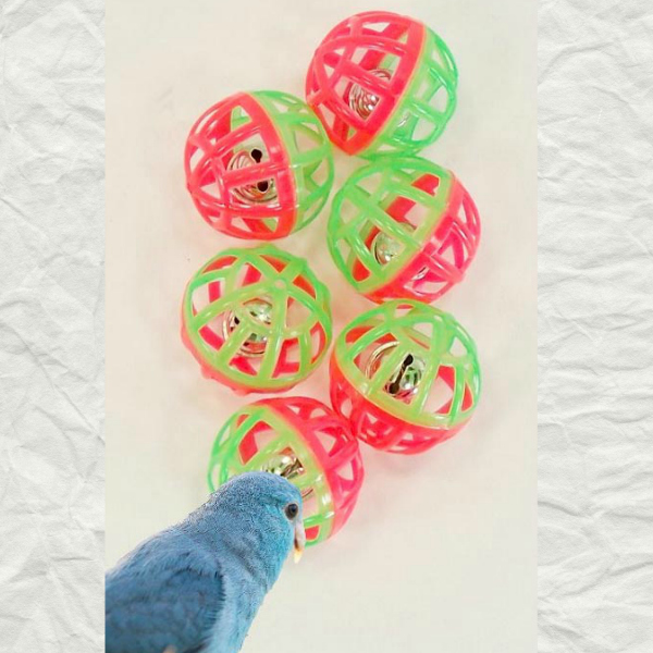 Lattice Balls w Ringing Bells that Make Great Bird Toys 6 pc