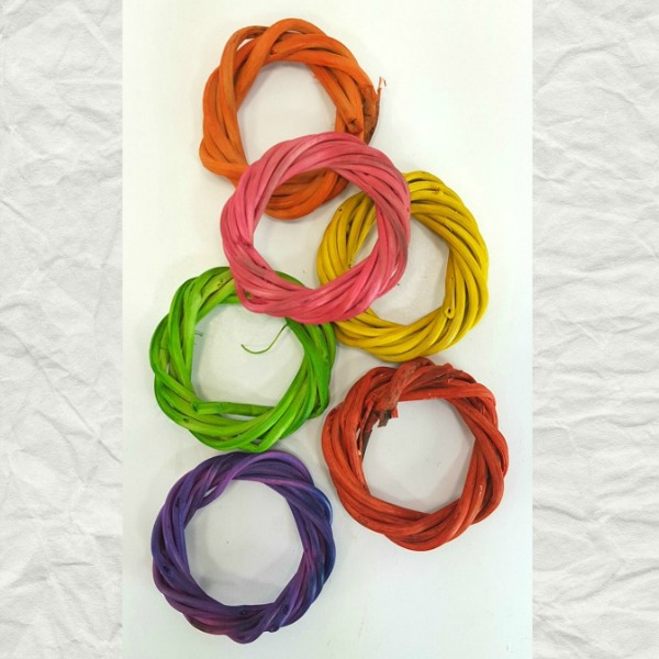 Munchie Vine Rings for Bird Cage and Foot Toys Tinted 6 pc
