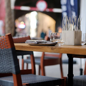 restaurant-scene-2