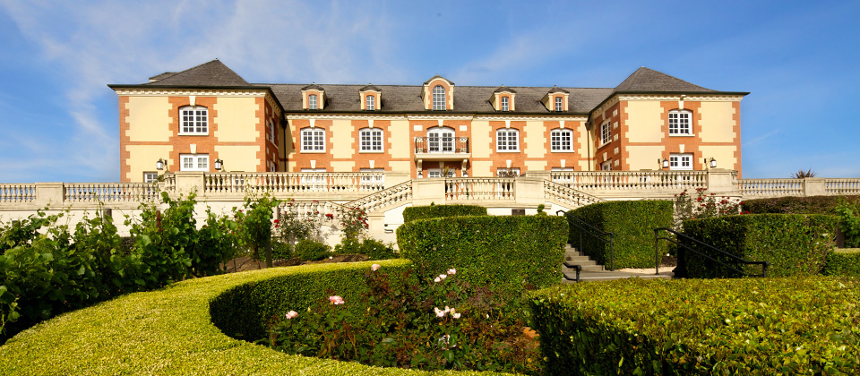 best-time-to-visit-chateau-domaine-carneros