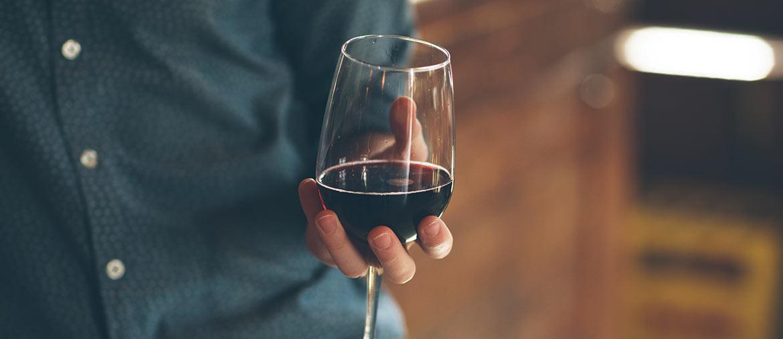 ask-a-winemaker-muiris-griffin-of-round-pond-estate-1170x506-r
