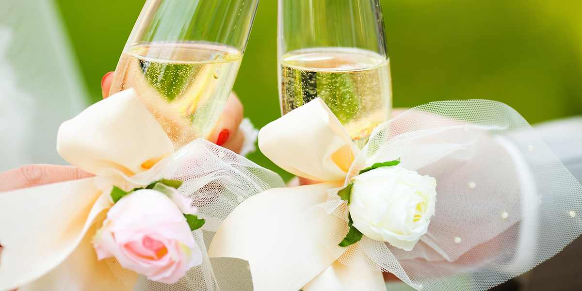 weddingServices_champagneFlowers_1200x600