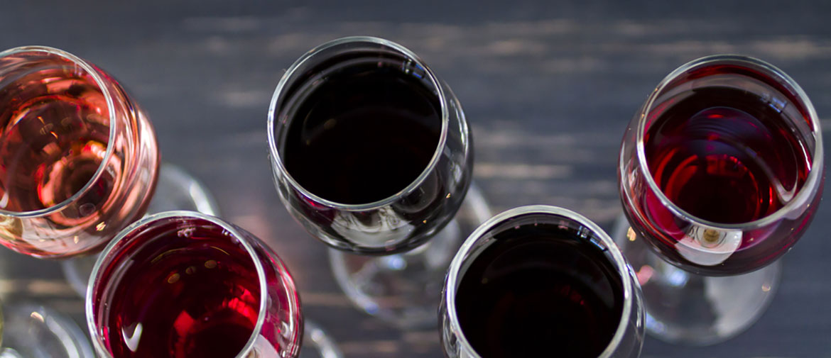wine-glasses-in-rows-cloverdale-wineries