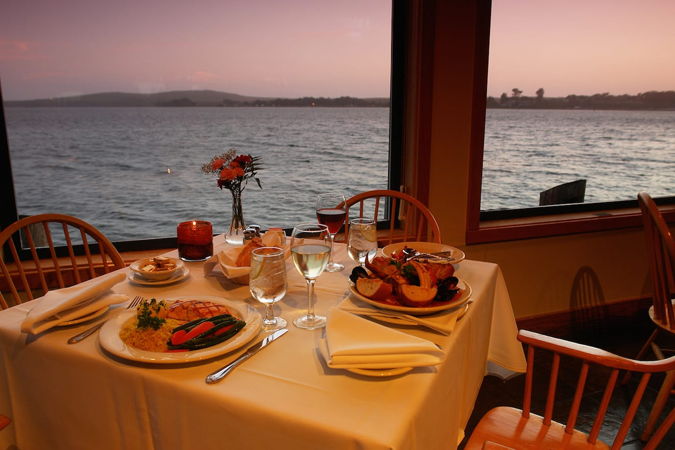 Sonoma Coast Getaway to Bodega Bay - The Tides Wharf & Restaurant