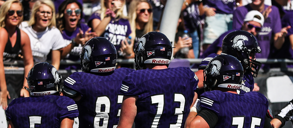 Winona State Hosts Umary In 2018 Homecoming Game Winona State