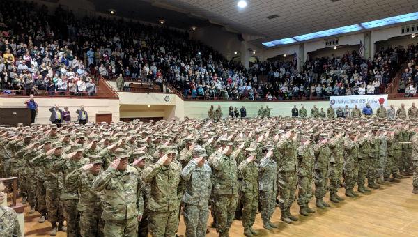 deployment_soldiers_salute.jpg