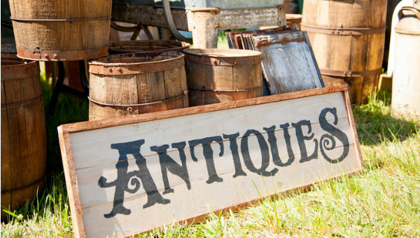 antiques outdoor sign 600 x 340.jpg