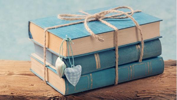 books as gifts 600 x 340.jpg