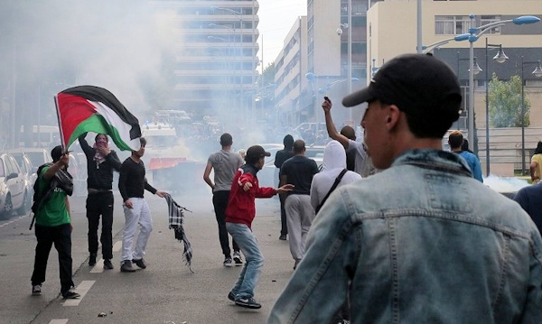 Pro-Palestinian rioters in Paris