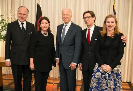 Ronald S. Lauder, Jo Carole Lauder, US Vice President Biden, Amb. Wittig and Huberta von Voss-Wittig