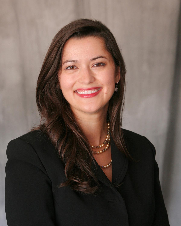 Daniela Jones, financial advisor Phoenix AZ