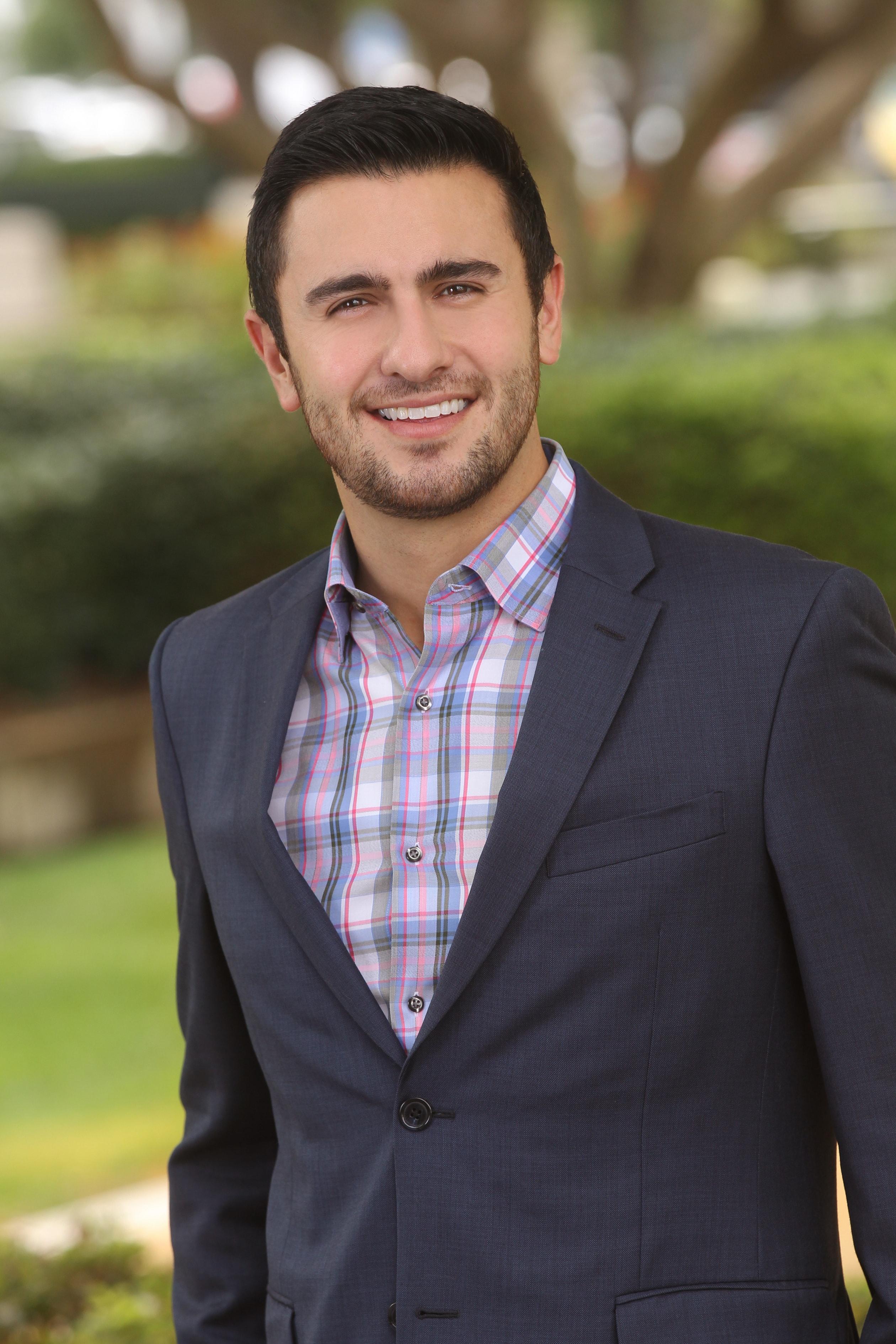 Aaron Garabedian, financial advisor Fresno CA