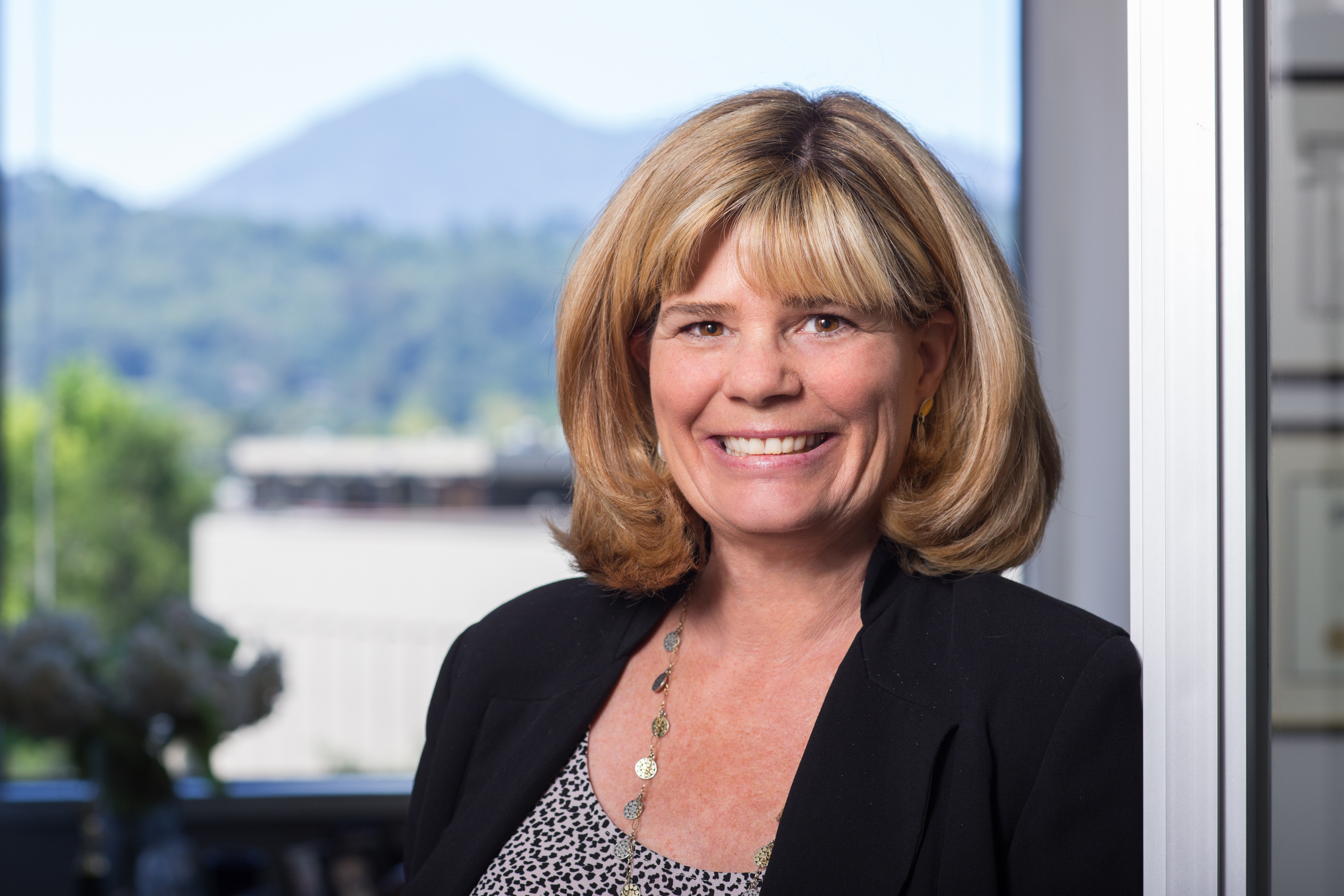 Diane McCracken, financial advisor San Rafael CA