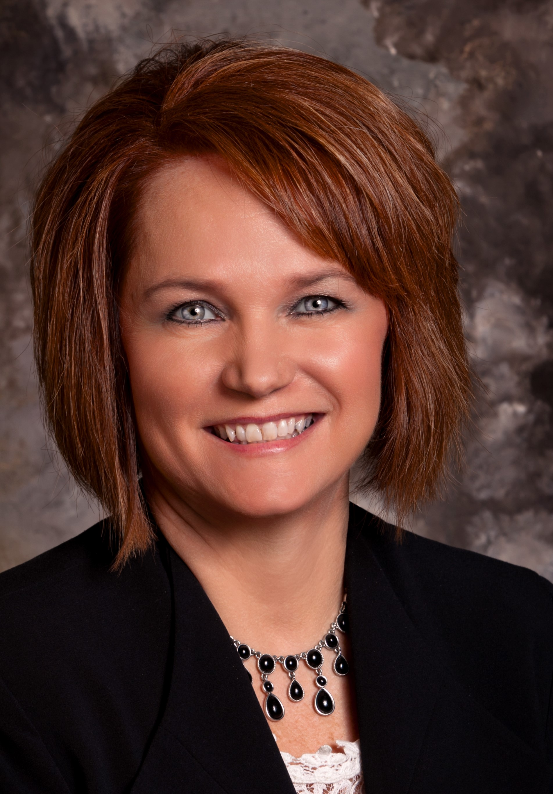 Kathy Weaver, financial advisor Jerseyville IL