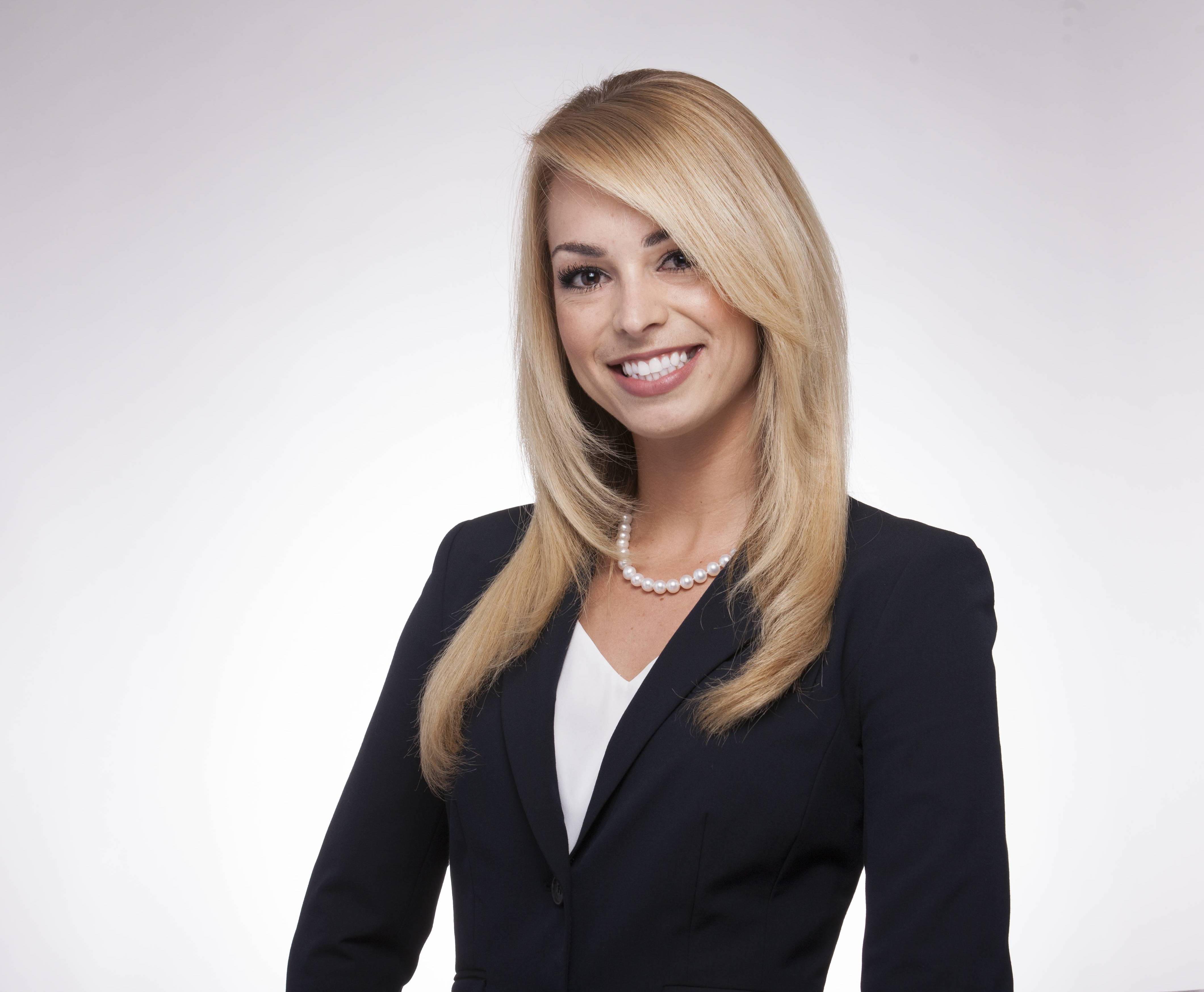 Jenna Biancavilla, financial advisor Phoenix AZ