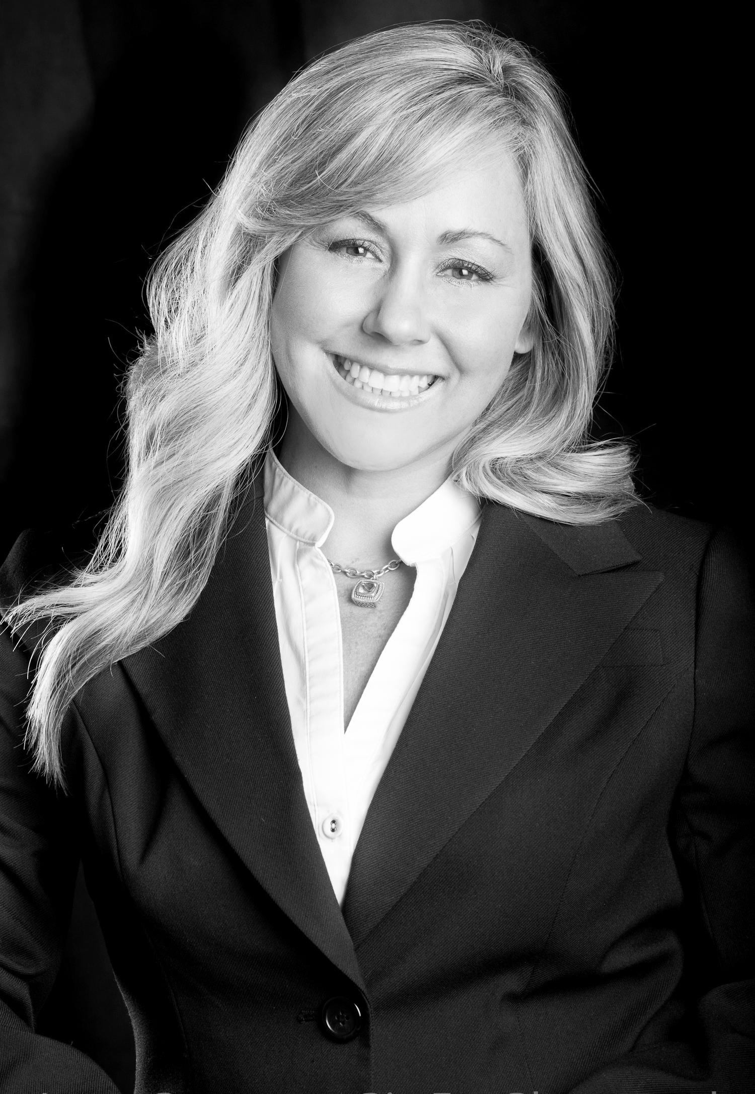 Julia Zakarias, financial advisor Chicago IL
