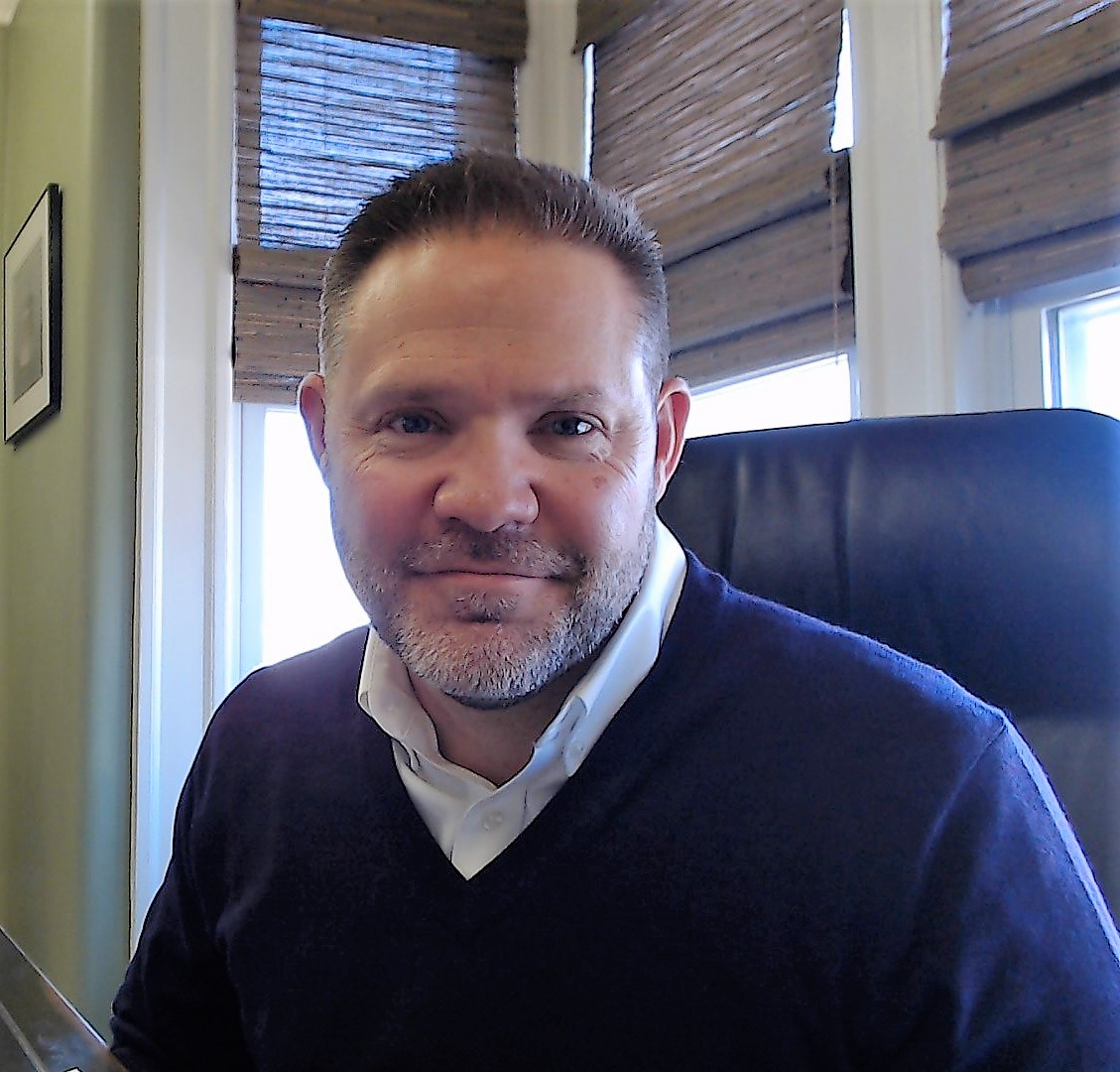 Robert Henderson, financial advisor Narragansett RI