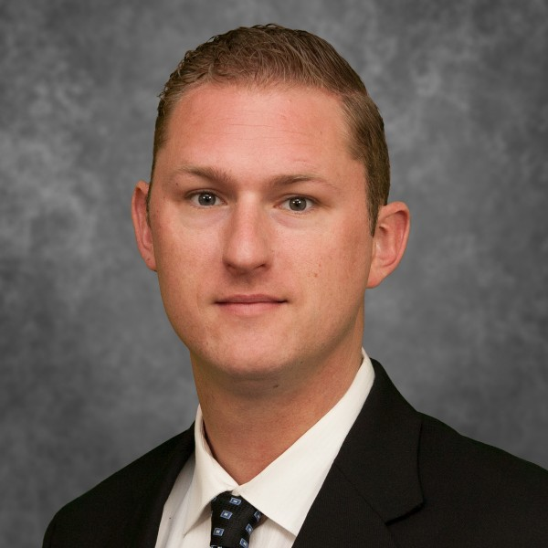 Damien Rennie, financial advisor Medford OR