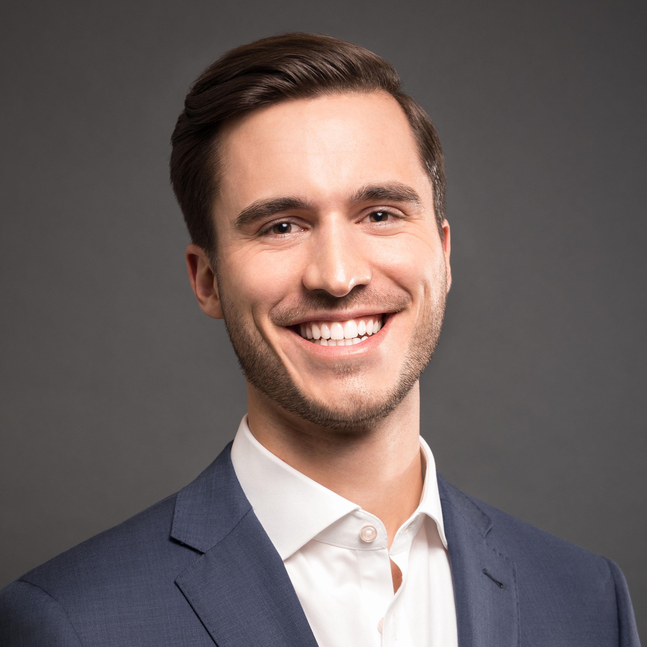 Bryan Gum, CFP®, financial advisor Overland Park KS