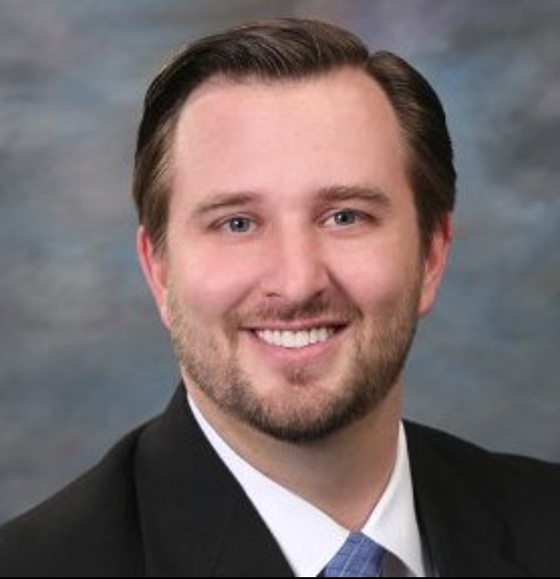 Eric Gustafson, financial advisor Council Bluffs IA