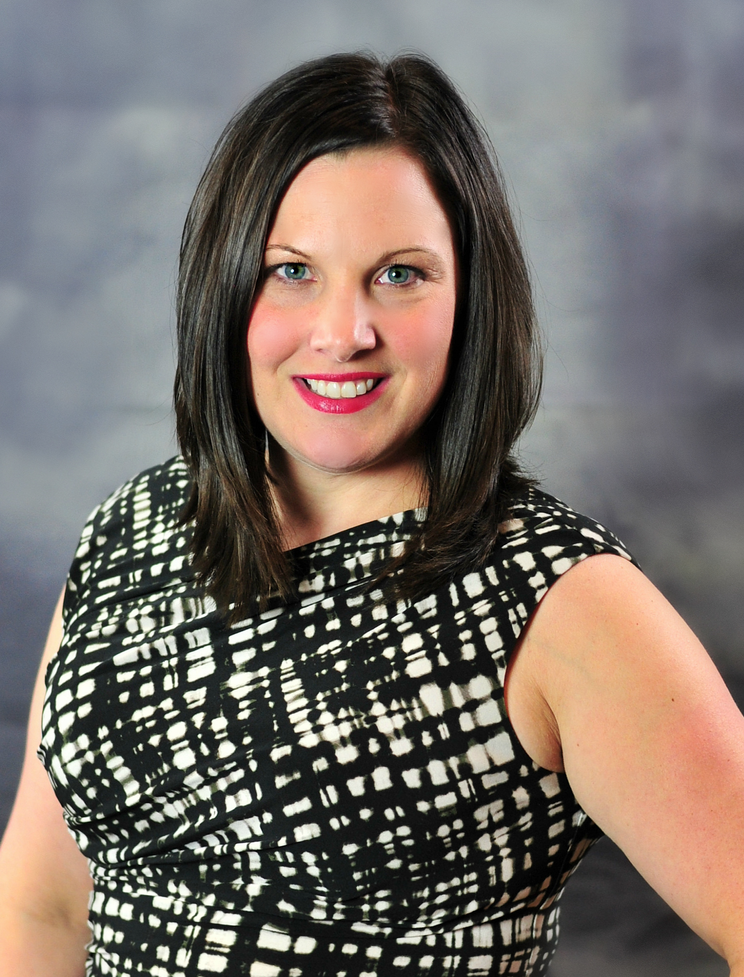 Donna Kuhlman, financial advisor Dyersville IA
