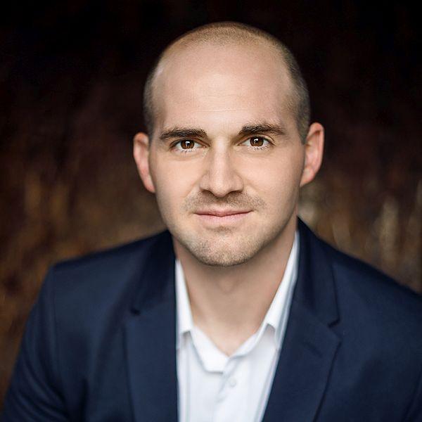 Stephen Rischall, financial advisor Sherman Oaks CA