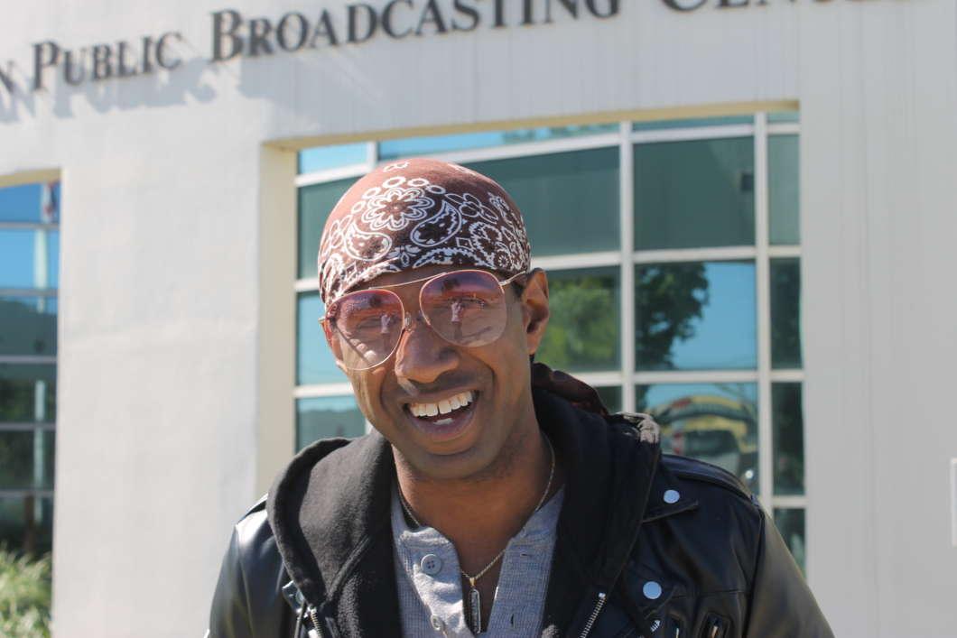 """""""Talk nerdy to me"""".  Nerd Nite Orlando founder Ricardo Williams. Photo: Matthew Peddie, WMFE"""
