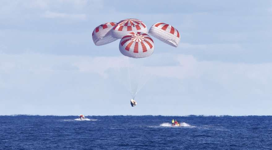 SpaceX's Crew Dragon capsule returns to Earth safely after a brief stay at the International Space Station. Photo: NASA