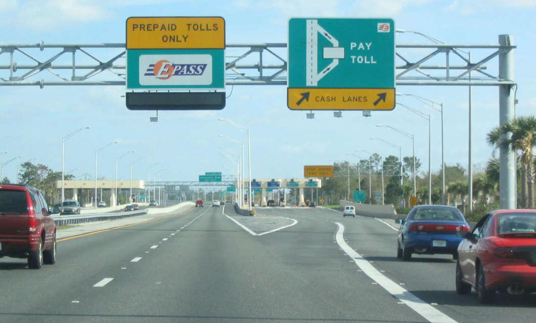 (File photo) Toll road in Orlando. Photo: Wikimedia Commons
