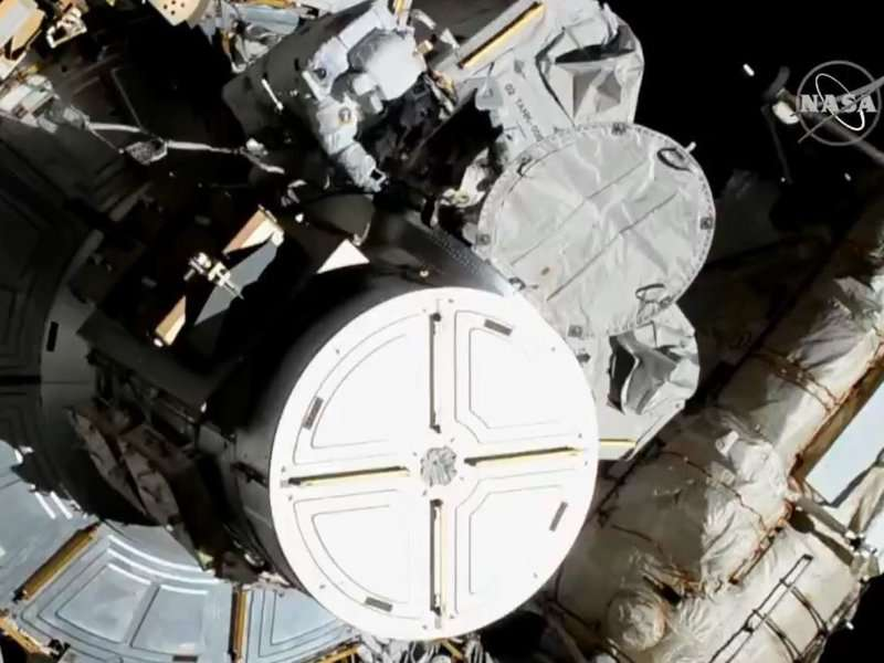 Astronauts Christina Koch and Jessica Meir began conducting the first-ever all-female spacewalk Friday morning. Photo: NASA