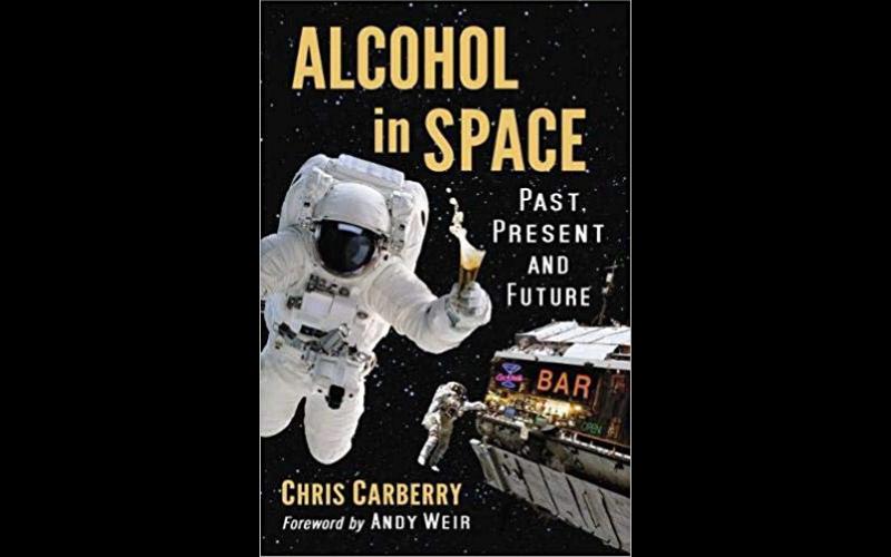 """Sebuah buku berjudul """"Alcohol in Space"""" karya Chris Carberry akhirnya mengungkapkan kebiasan tersebut ke publik. Dalam buku itu, Carberry mewawancarai banyak astronot yang mengaku pernah menyelundupkan minuman beralkohol ke luar angkasa untuk 'have fun'."""