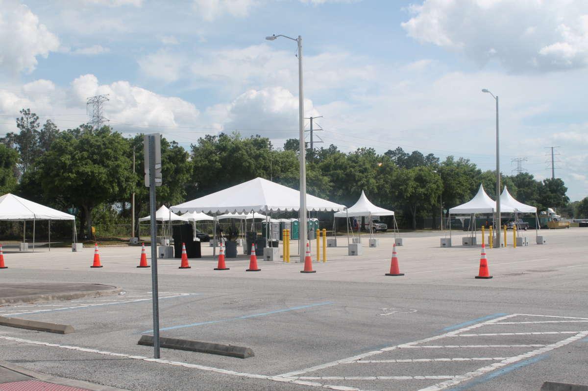 Orange County Convention Center drive-thru testing site. Photo: Danielle Prieur