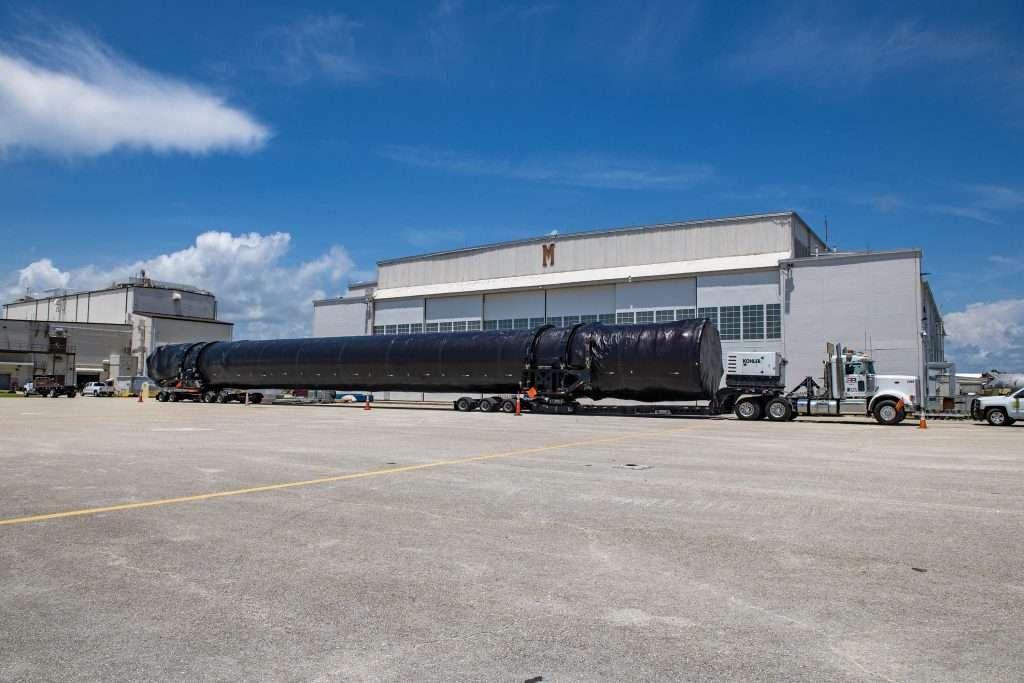 Crew 1 HangarAO 071520 DSC 0787 1024x683.'