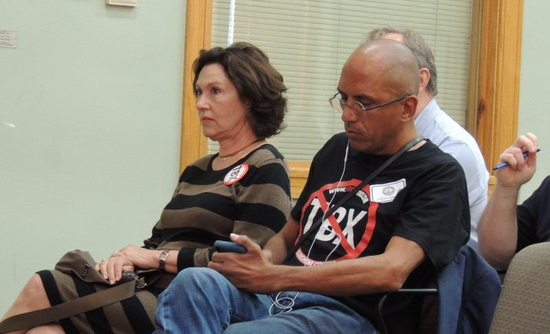 Linda Saul-Sena and Stop TBX activist Mauricio Rosas