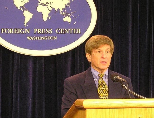 "Allan J. Lichtman, Professor and Chair, Department of History, American University, at the Washington Foreign Press Center Briefing on ""Election Eve: Overview of the 2008 Presidential Election."""