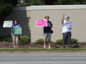 clinic protest against Planned Parenthood