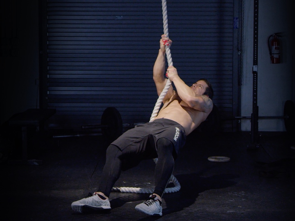 Pull To Stand Rope Climb