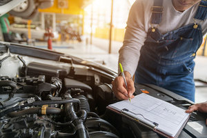 Signs You Need Immediate Car Repairs