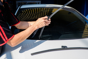 Choose Freedom Glass Company for Auto Glass Services that Come to You