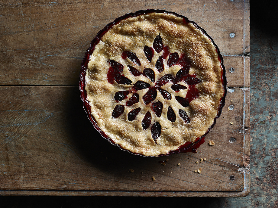 Blackberry pie photographed by Dick Patrick