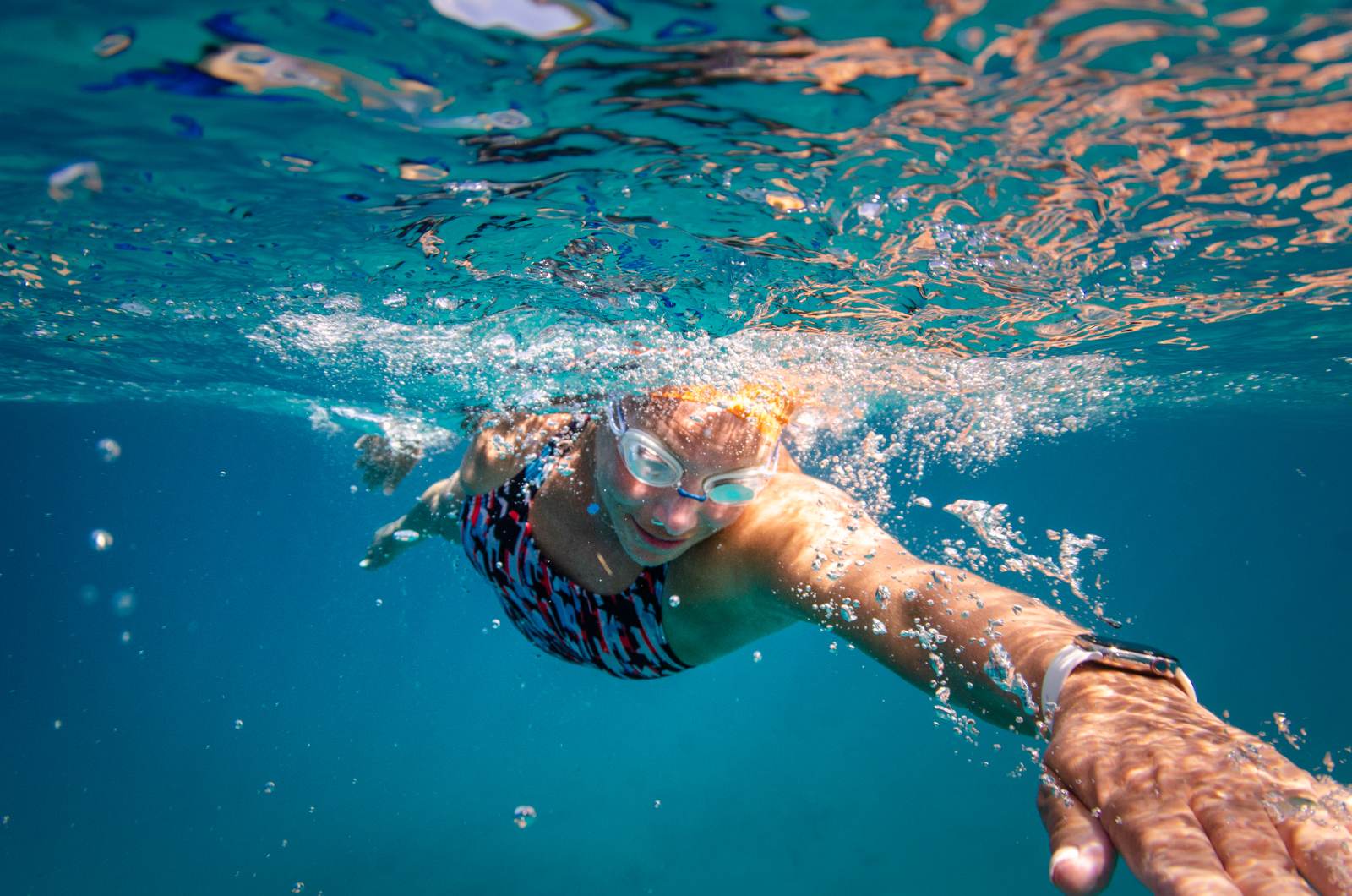 Heather Perry's underwater image of a swimmer cutting through the water from straight on