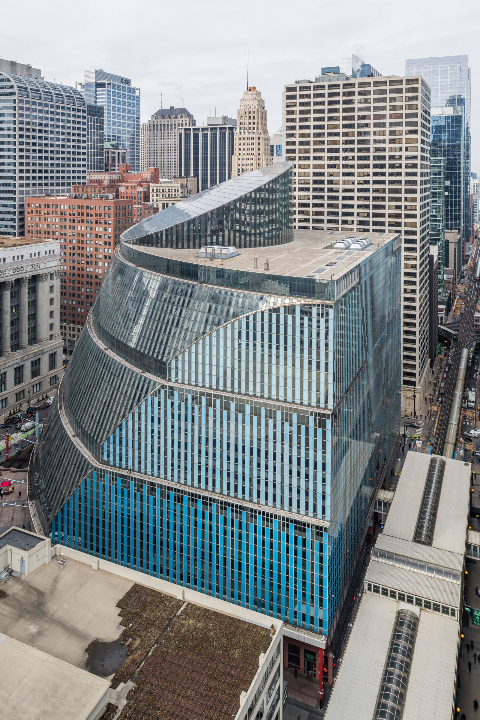 Serhii Chrucky's exterior shot of the Thompson Center for Preservation Chicago